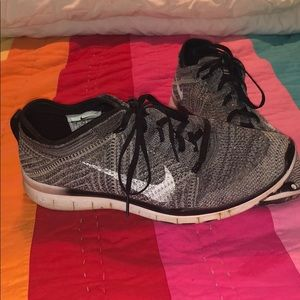 NIKE Free Flynit Shoes